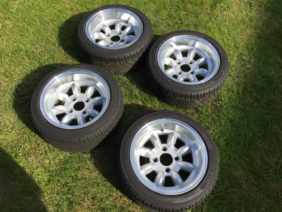 Click image for larger version Name:Wheels 1.JPG Views:228 Size:73.1 KB ID:84421